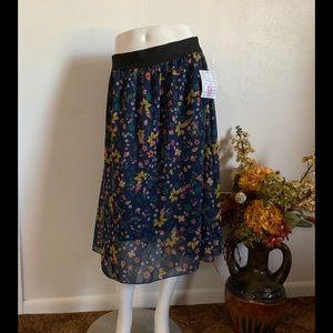 "NWT LuLaRoe ""Lola""💐floral💐 blue sheer skirt  M"